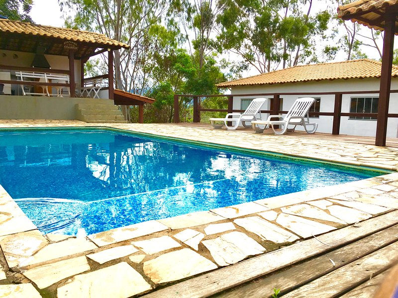 Peace and Tranquility - rental house in Capitol MG. In front of the Furnas Lake.