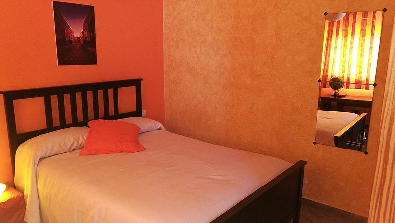 HOLIDAY HOME EMBLEMA, location de vacances à Buzanada
