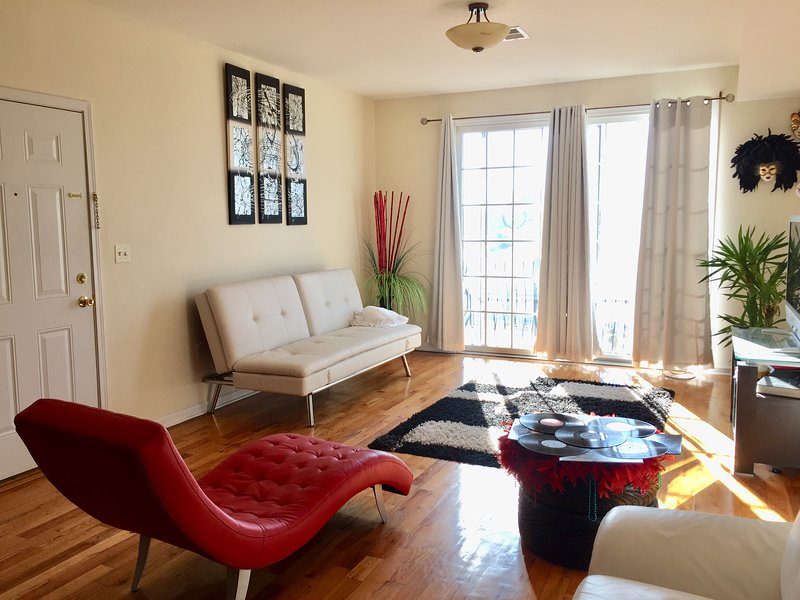 Great location, super clean, next to NYC, holiday rental in Jersey City