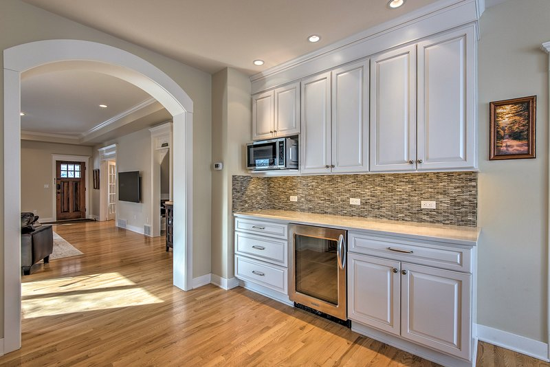 This gourmet kitchen is sure to please any chef!