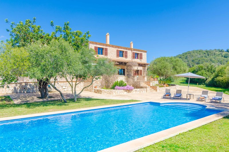 FINCA CALMA - Villa for 8 people in Son Servera, vacation rental in Cala Mesquida