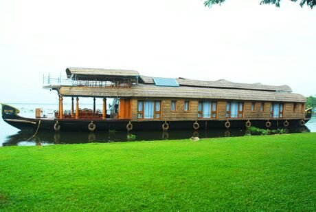 Kerala Houseboat 4, vacation rental in Athirappilly