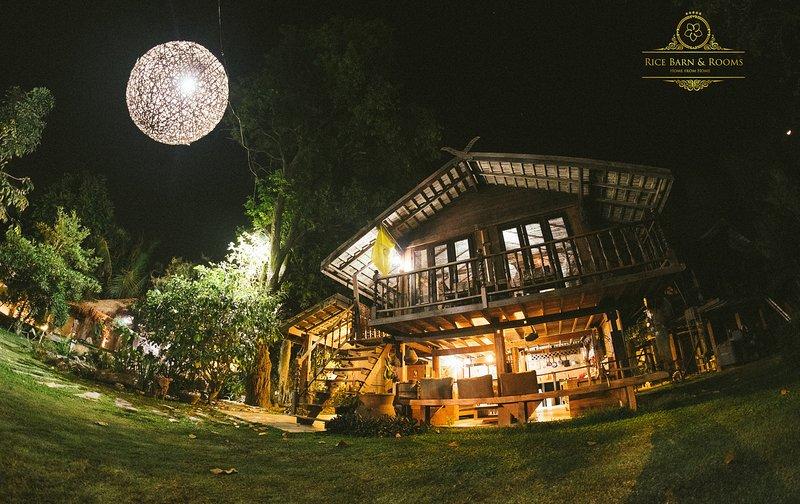 Rice Barn & Rooms, Ferienwohnung in Mae Win