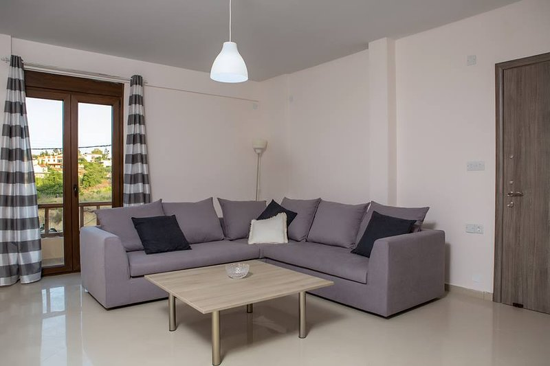 Elea Holiday House, Heraklion, Crete 3 Bedrooms, casa vacanza a Karteros