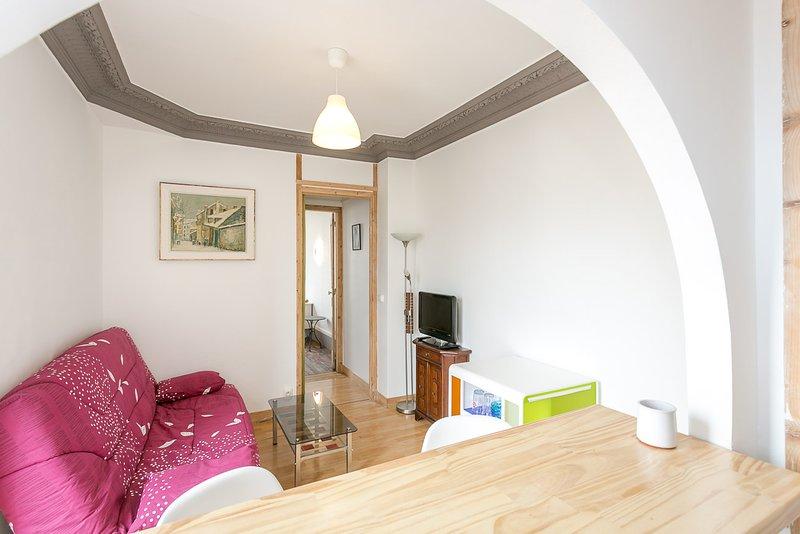 Appartement dans les nuages, vacation rental in La Plaine-Saint-Denis