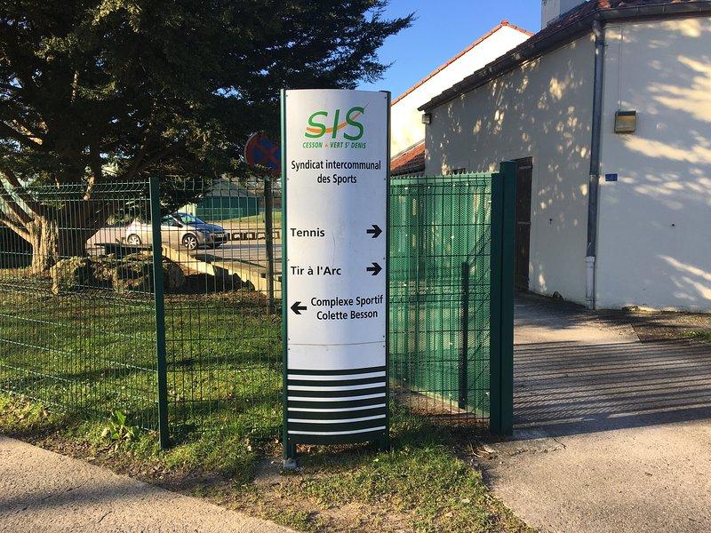 Intermunicipal Association Sport, 3 km from the rental.