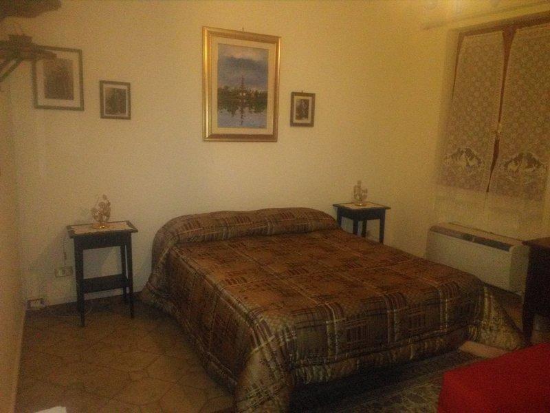 B&B Tricolore - Camera Matrimoniale 1, vacation rental in Cerreto Laziale
