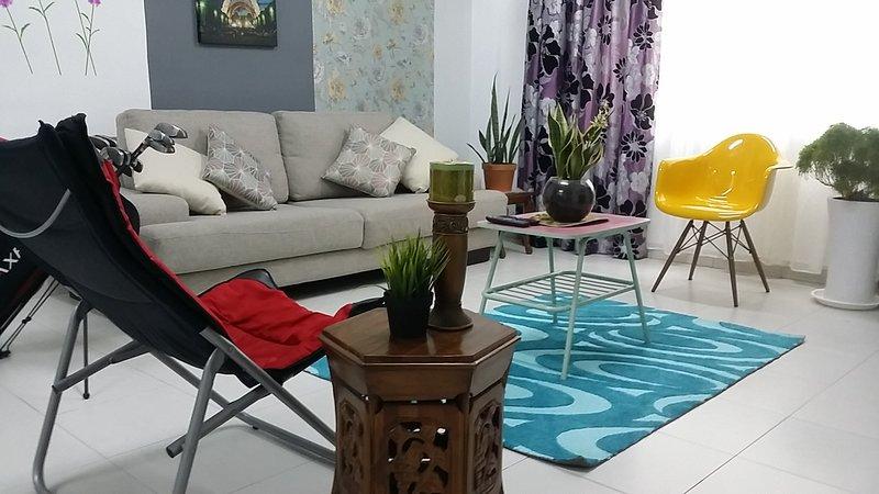 •步行城中城• AEON/Tesco/IKEA/HERO+ Wifi+ Themed+, holiday rental in Pasir Gudang