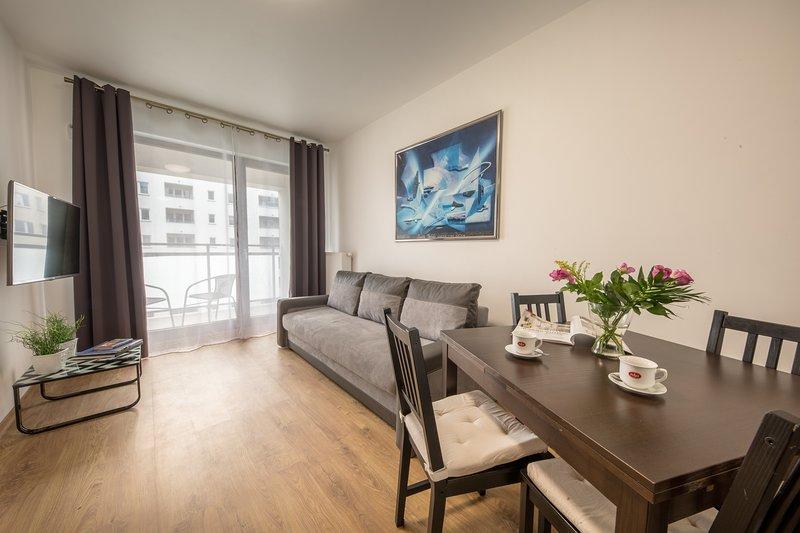 Apartment QUIET, Ferienwohnung in Czosnow