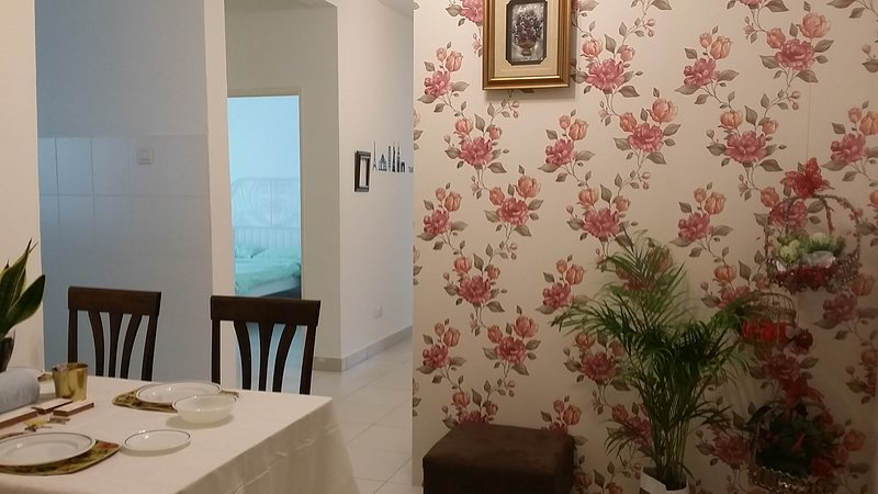 •Super Convenient• Jusco/IKEA/Tesco/Hosp S. Ismail, holiday rental in Pasir Gudang