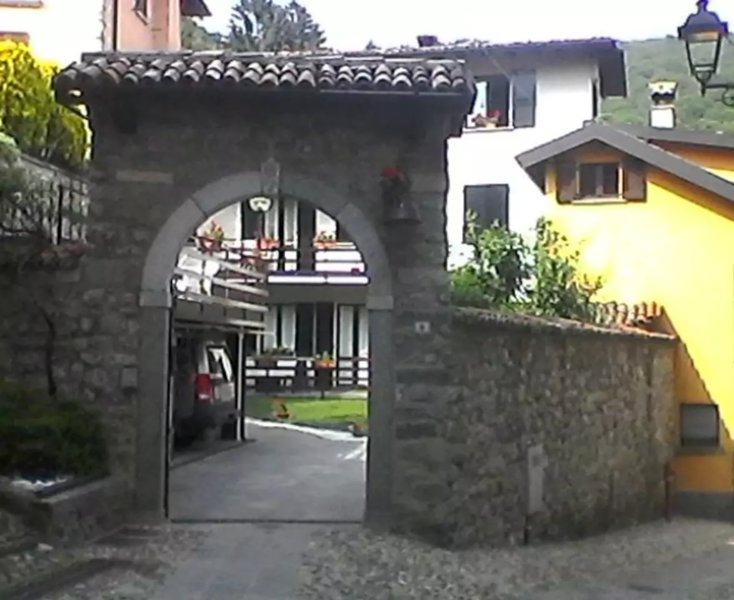 DA MARA LAGO DI COMO, holiday rental in Canzo