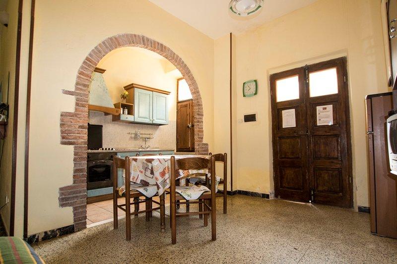 Appartamento Rustico toscano, casa vacanza a Massa Marittima