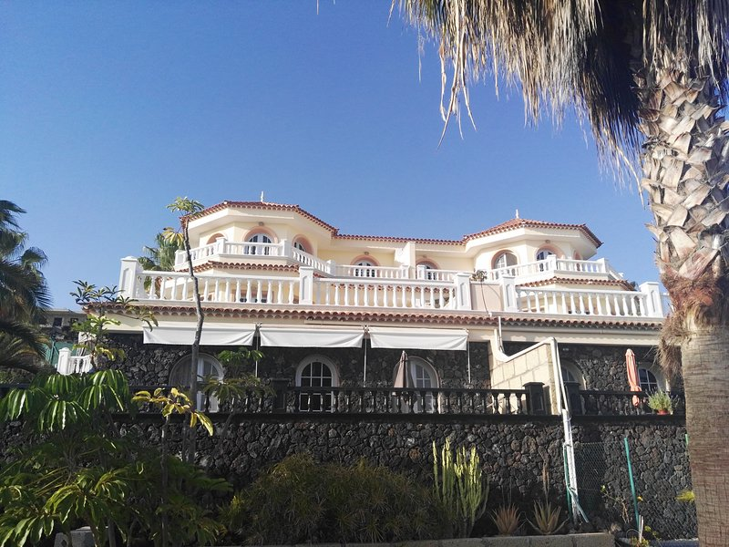 La terraza de Los Menores, holiday rental in Armenime