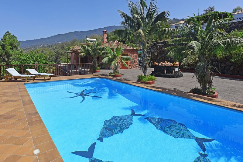 Casa Tia Rosalia, holiday rental in El Jesus