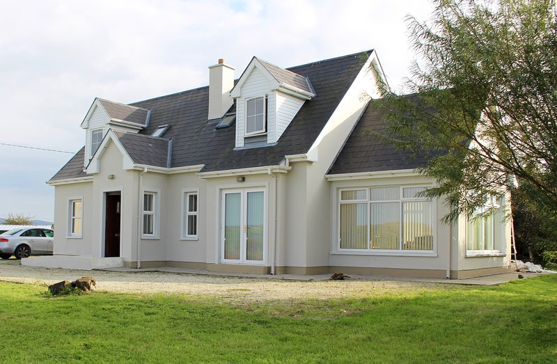 Welcome to the Wild Atlantic Way, Carrigart, Co.Donegal, Ireland. FN2PN76, holiday rental in Crocknamurleog