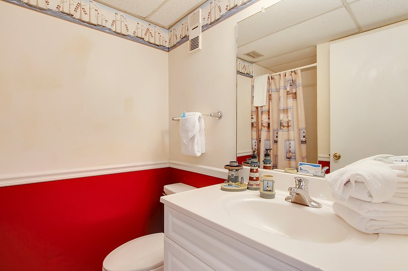 Moondrifter 608-Bathroom
