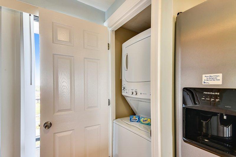 Edgewater Beach Resort 1009-2-Washer and Dryer