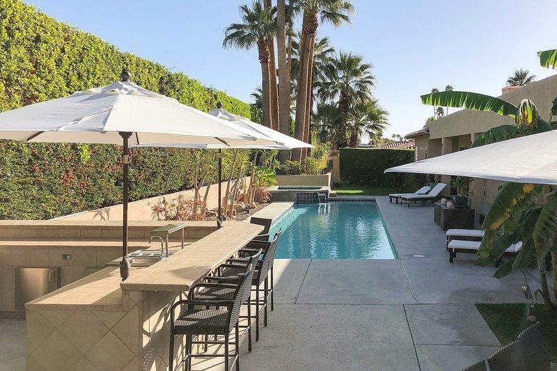 Genießen Sie ein Luxus Wochenende, wenn Sie in diesem Palm Springs Ferienhaus Hause bleiben.