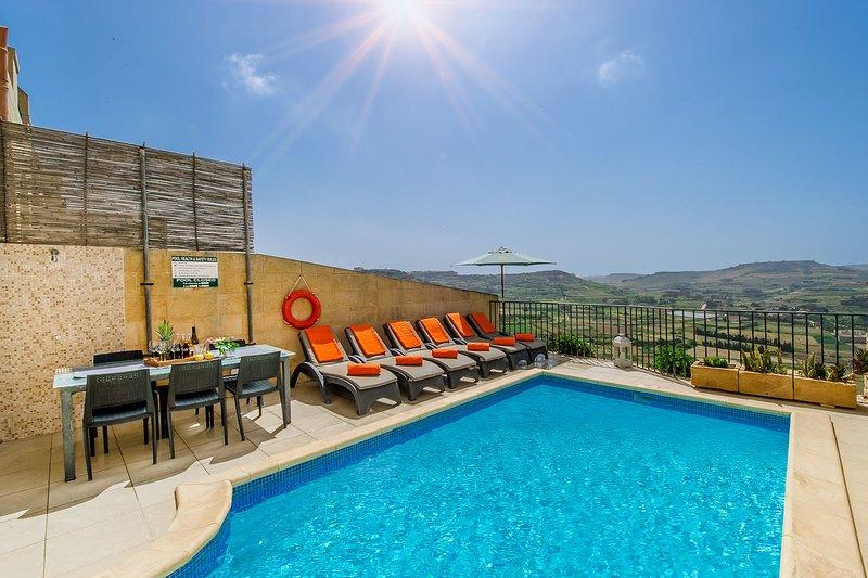 The Blue House Holiday Home, location de vacances à Xaghra