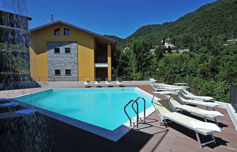 Residence Eden Gardenia 11, holiday rental in Argegno