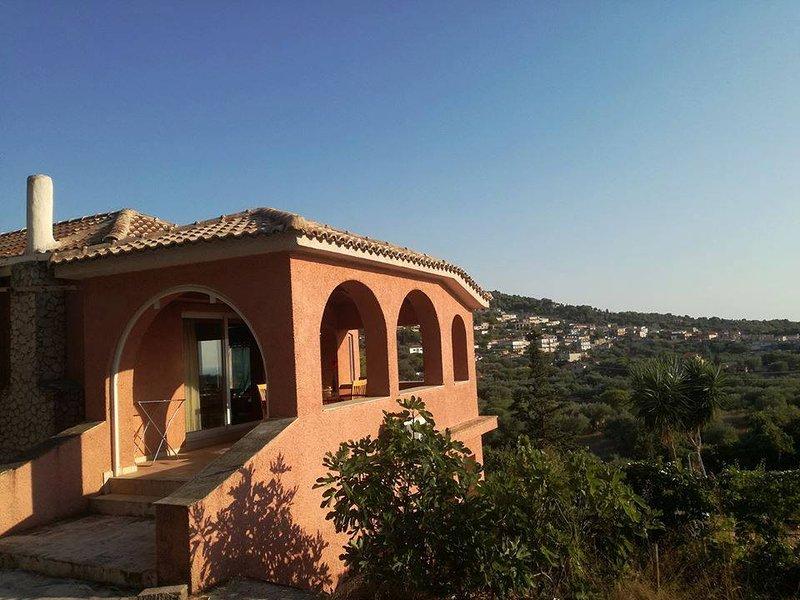 Monte Rossa Villa, aluguéis de temporada em Keri Village