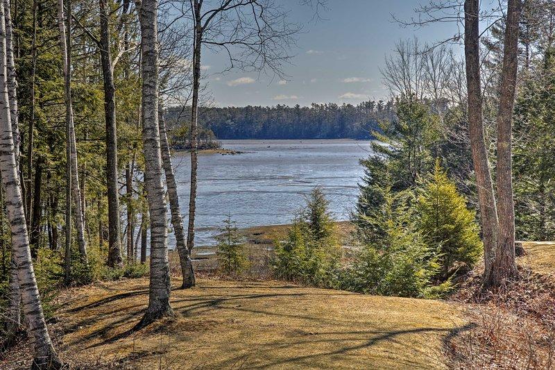 Cet appartement peut accueillir 3 ci-joint et offre une vue magnifique sur le fleuve.