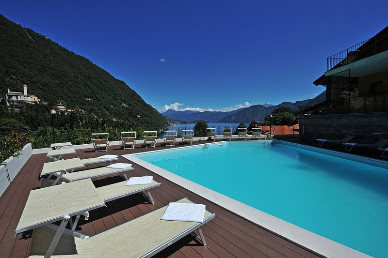 Residence Eden Azalea 1, holiday rental in Argegno