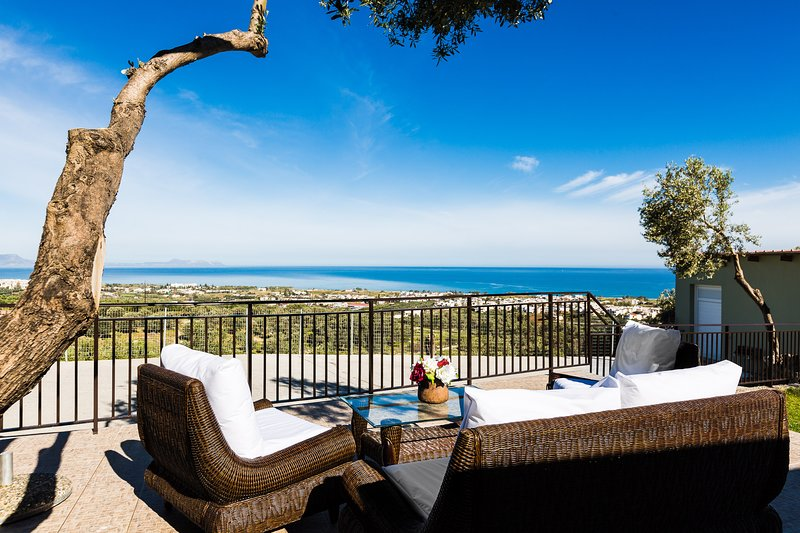 Evita's home, a romantic escape!, vacation rental in Rethymnon