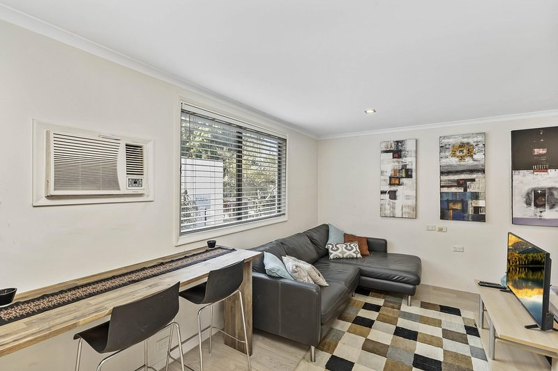 Cosy Studio Apartment Seconds From Manly Beach, holiday rental in Fairlight