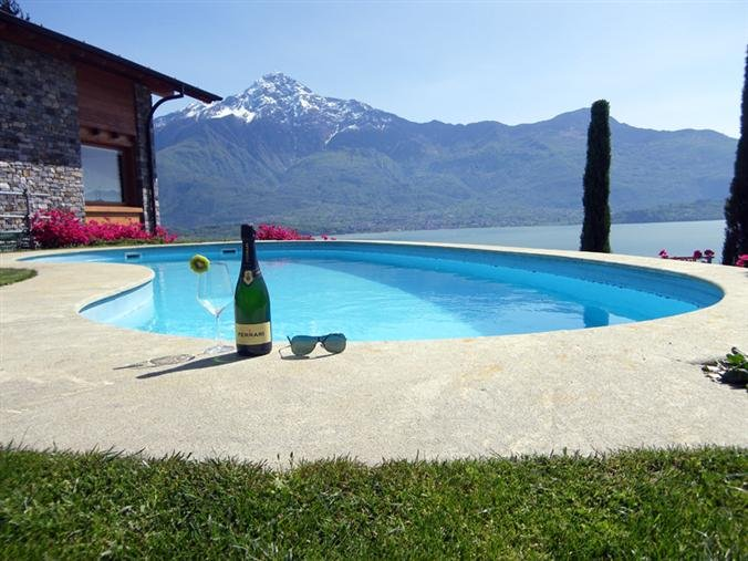 Gera Lario Apartment Sleeps 3 with Pool - 5841286, alquiler de vacaciones en Sorico