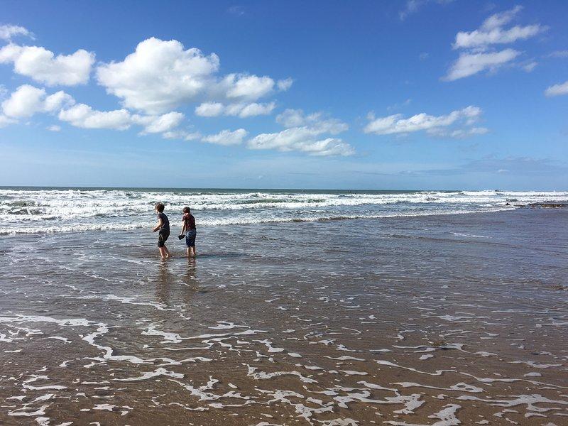 Peaceful annex near the beach, aluguéis de temporada em Widemouth Bay