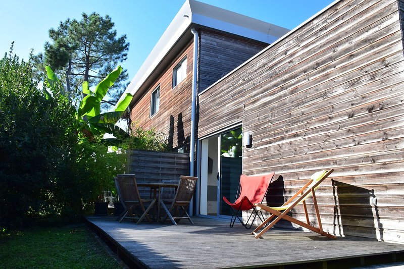 FARE BAMBOU bio excl. dans maison architecte, vacation rental in Gironde