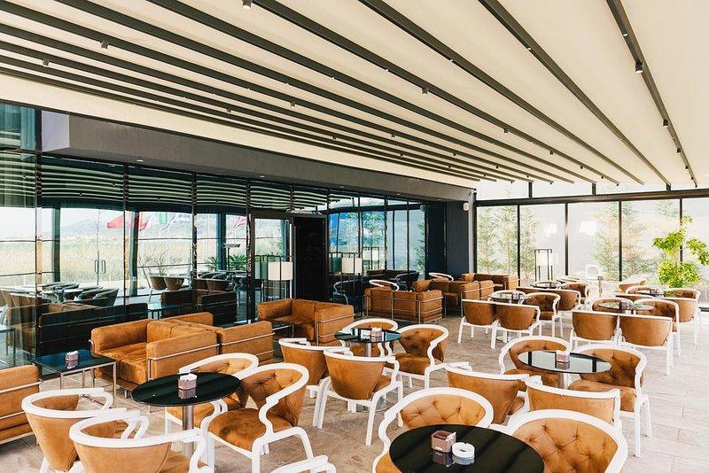Resort Egnatia - (Deluxe Double 1), alquiler vacacional en Qerek