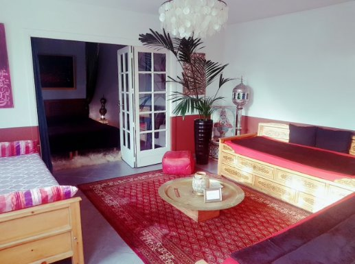 Lounge with 3 bed authentic Mongolian crafts