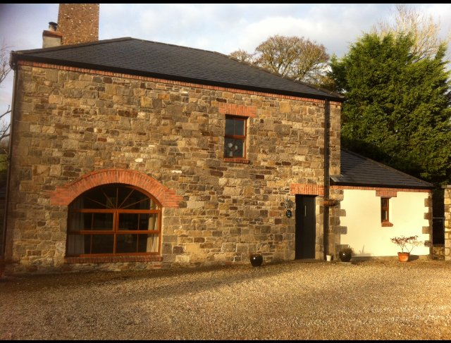 Cloughbally Mill Holiday home overlooking the river, alquiler de vacaciones en Enniskillen