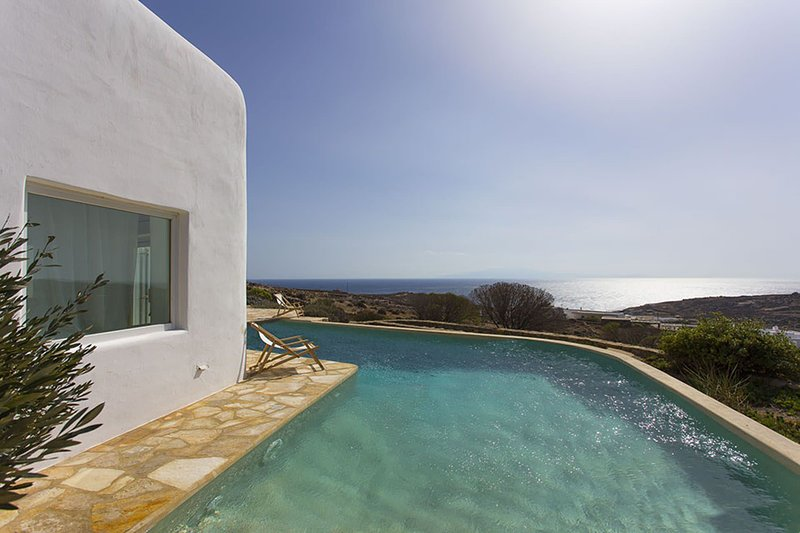 Liama Villa, holiday rental in Kalafatis