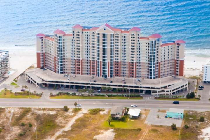 Lighthouse Resort aerial from front