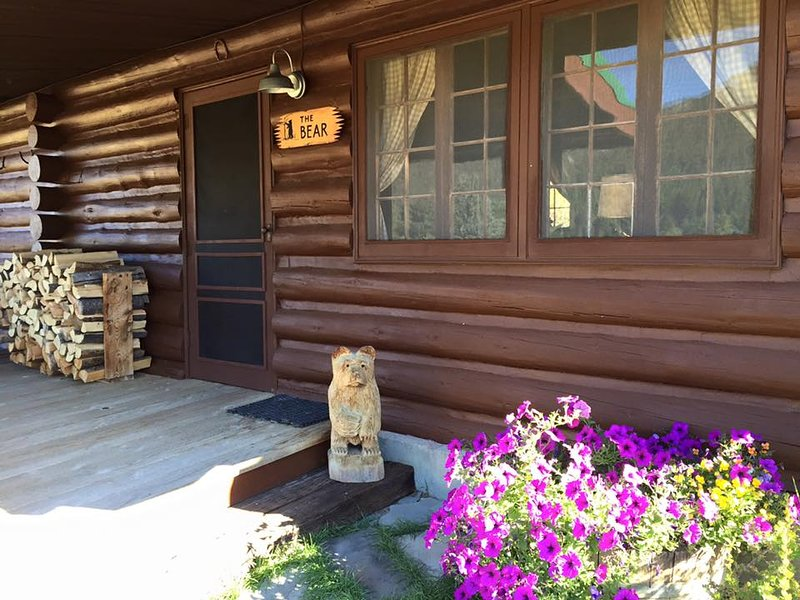Bear Cabin, vacation rental in Ennis