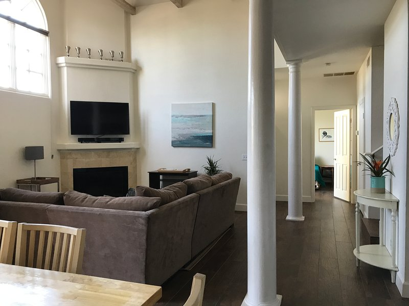 3 bedroom 2.5 bathroom vacation home steps to the beach shops and restaurants in San Diego