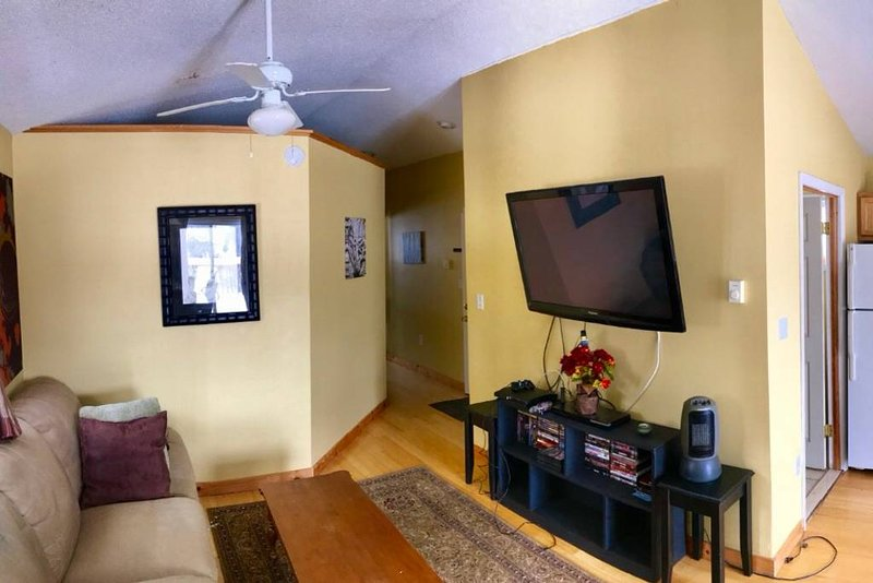 Honesdale Escape ~ A Place to Remember., vacation rental in Narrowsburg