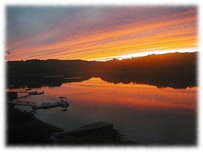 Pôr do sol todas as noites no Waterfront Maravilha