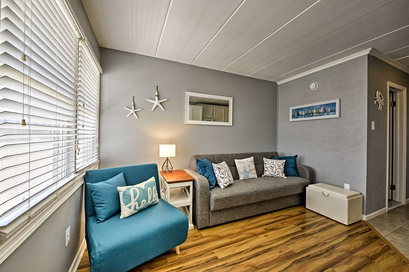Find a home-away-from-home at this vacation rental condo in North Wildwood!
