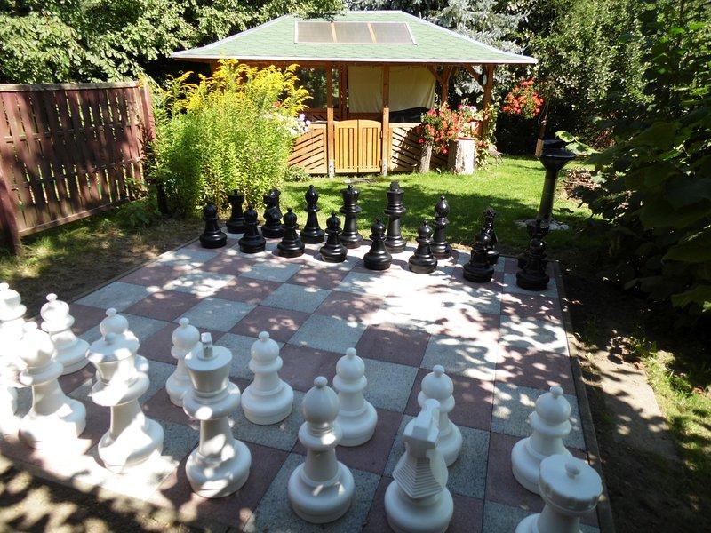 schaken in de tuin