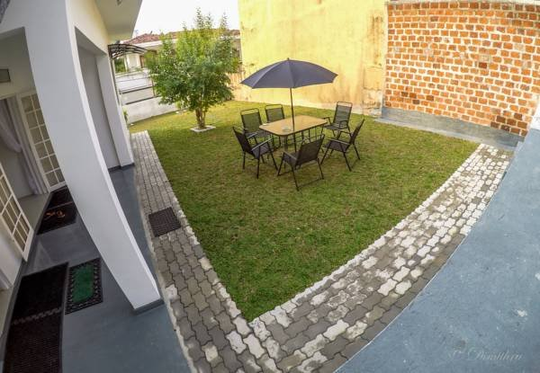 Home From Home, Mirihana, Colombo, Sri Lanka. Deluxe Holiday Bungalow;, holiday rental in Kotte