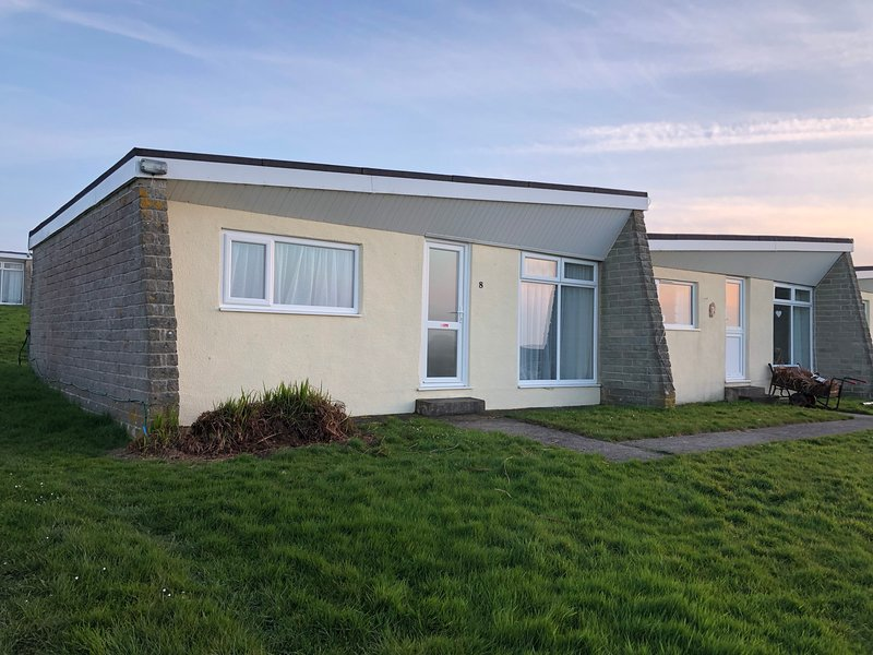 Sandy Soles - No. 8 at Widemouth Bay Holiday Village, casa vacanza a Widemouth Bay