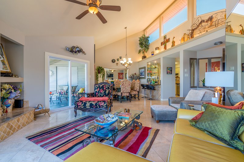 What a fun place!  Only upper units have vaulted ceilings and clerestory windows for extra light.