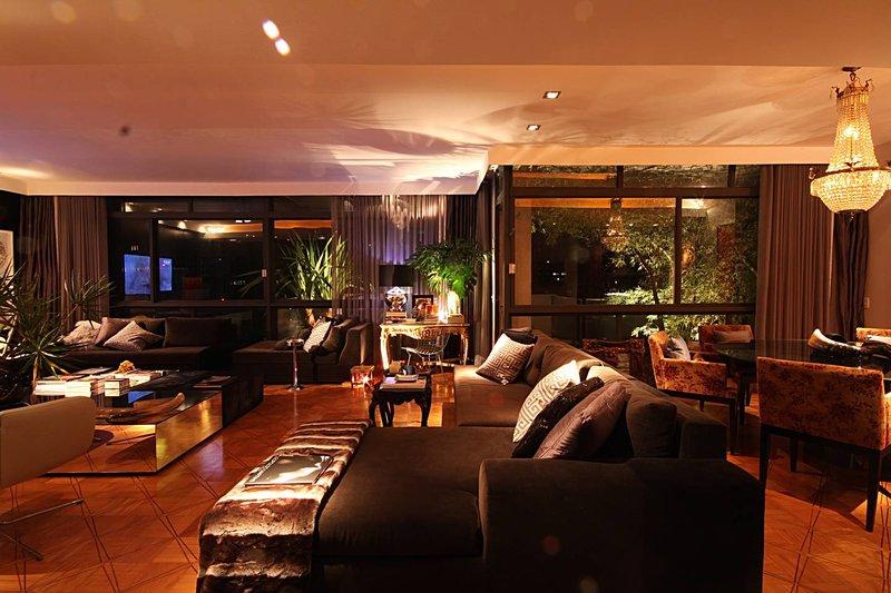 Modern/Lux 3BR 250m2 Paulista Ave/Jardins, vacation rental in Sao Paulo