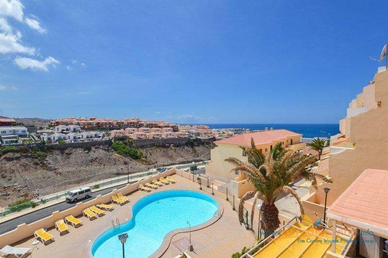 Holiday near to the ocean with a pool, location de vacances à Cornisa del Suroeste