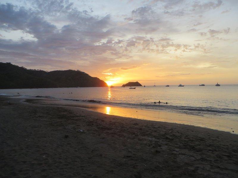 magnifiques couchers de soleil sur Coco Beach