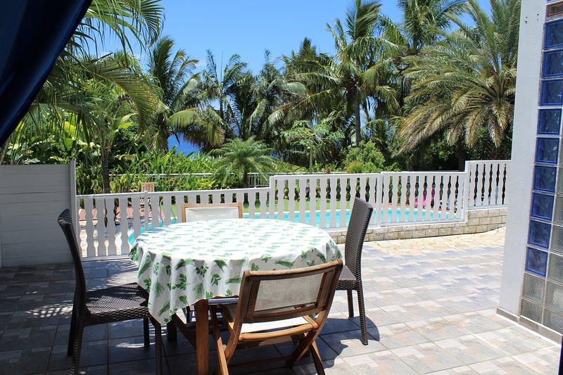 'Rêve Bleu', magnifique ' loft ' dans villa  Manapany Les Bains 97480 Bienvenue, location de vacances à Saint-Joseph